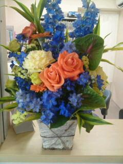 お祝いのお花です!