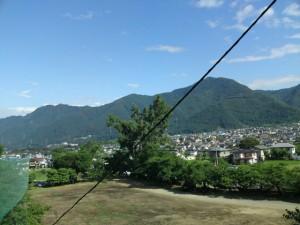 夏の太郎山と上田市街地